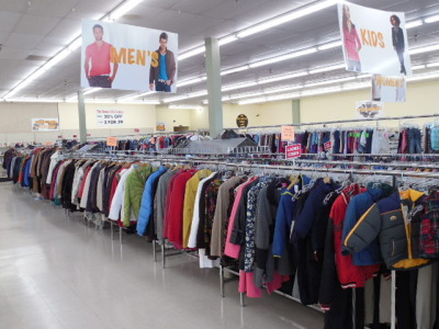 We Need Clothing,Furniture,Shoes,Toys,Appliances And More. We Buy Estates  Large Or Small